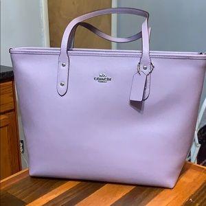 Lavender coach city size tote bag